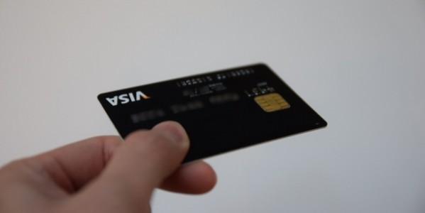 デートの時にセコイと思われにくい、年会費無料+高還元+ポイントの使い勝手が良いクレジットカード5選