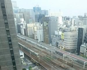 第一ホテル東京から電車が見える