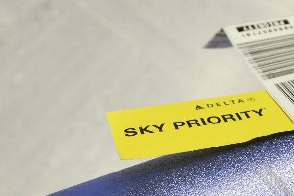 Priority Tag: ゴールドメダリオンの場合はSKY PRIORITYタグがつけられる