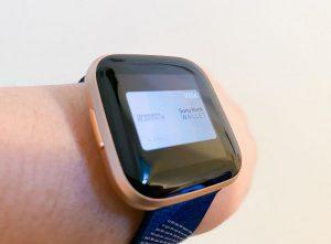 Fitbit Versa 2の左側のボタンを長押しでFitbit Payを起動するように設定